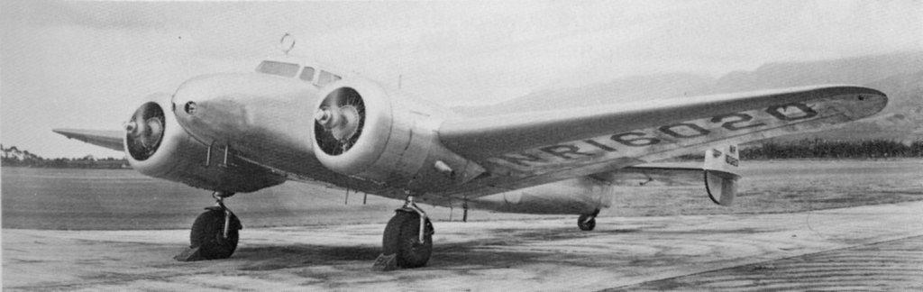 Amelia Earhart's plane lockheed electra