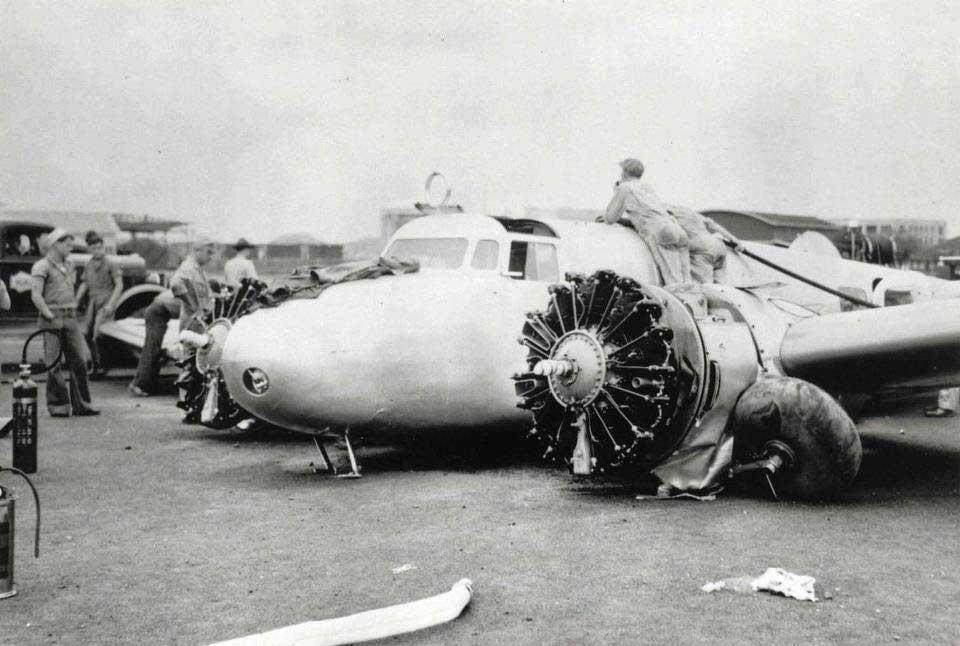 amelia earhart plane crash