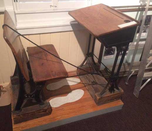 Robert Wadlow desk