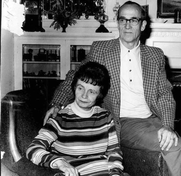 Eleanor Louise Cowell with Johnnie, after their marriage Ted Bundy got his last name from Johnnie Bundy